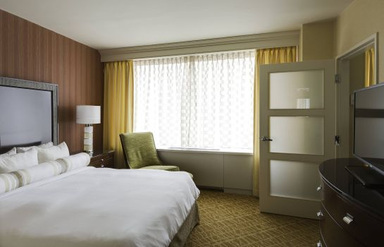 Suite Crystal City Marriott at Reagan National Airport