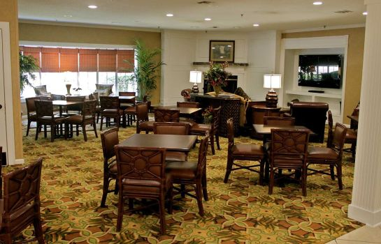 Hall Palmera Inn and Suites