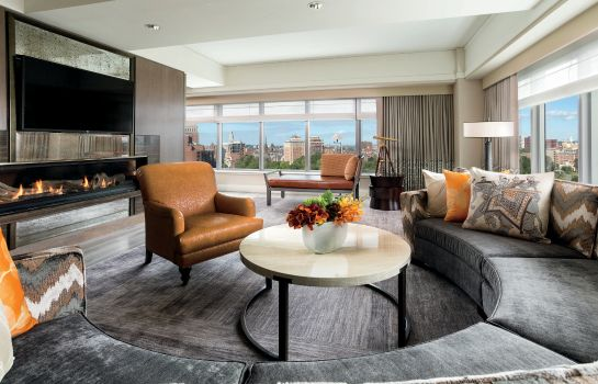 Suite The Ritz-Carlton Boston