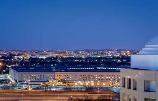 Info The Ritz-Carlton Pentagon City