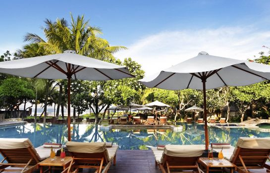 Buitenaanzicht The Royal Beach Seminyak Bali - MGallery Collection