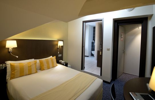 Double room (standard) Victor Hugo & Spa Logis