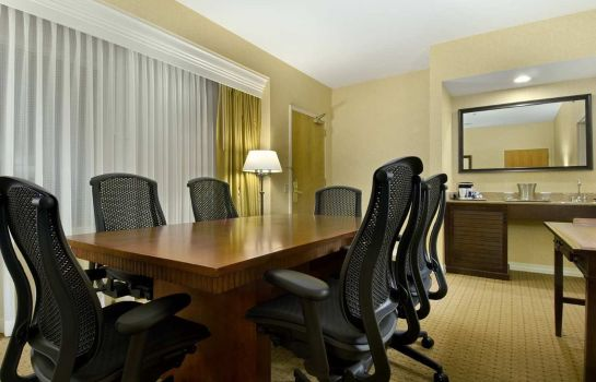 Conference room Embassy Suites by Hilton Lexington Green