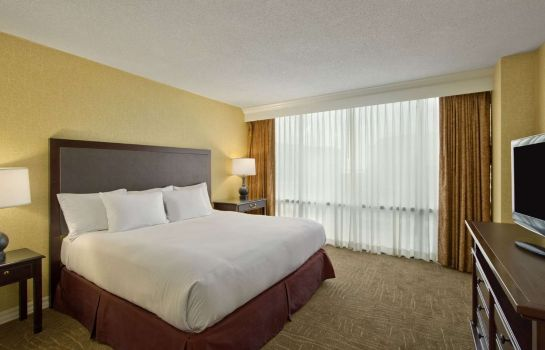 Room Embassy Suites by Hilton Lexington Green
