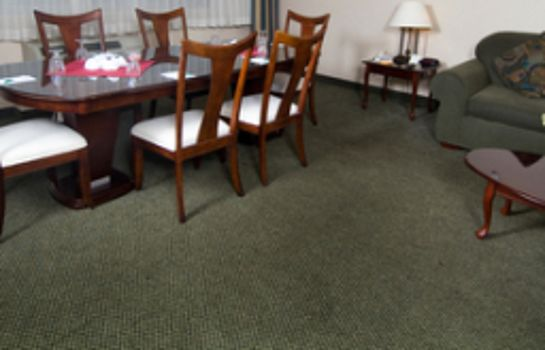 Suite Willowbrook Inn