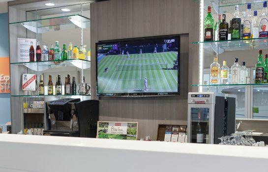 Bar del hotel Holiday Inn Express AMIENS