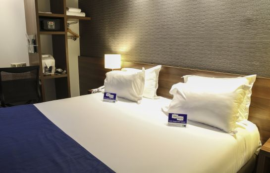 Zimmer Holiday Inn Express AMIENS
