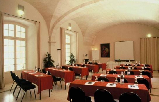 Conference room Cloitre Saint Louis