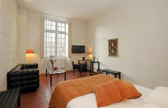 Room Cloitre Saint Louis