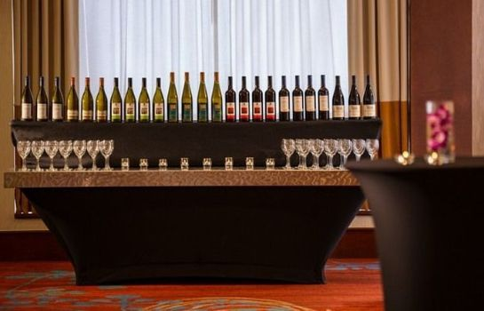 Hotel-Bar Vancouver Airport Marriott Hotel