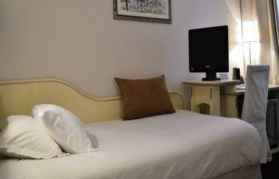 Double room (standard) Quality Hotel Malesherbes by HappyCulture