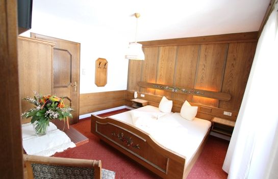 Double room (standard) Mittagskogel Pension