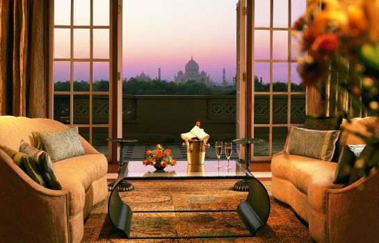 Room The Oberoi Amarvilas