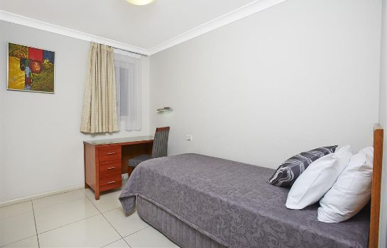 Zimmer Comfort Inn and Suites Burwood