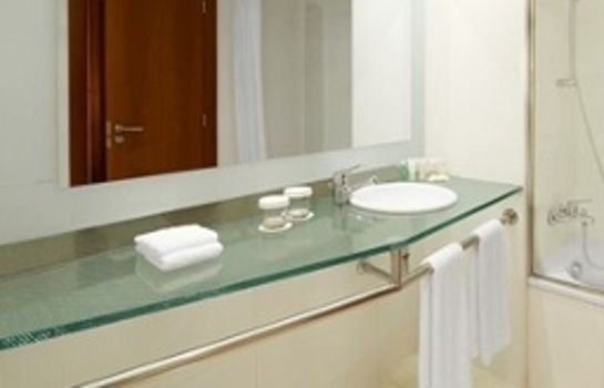 Cuarto de baño Four Points by Sheraton Barcelona Diagonal