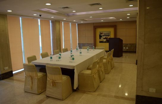 Sala konferencyjna The Janpath Hotel