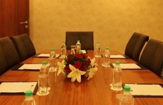 Conference room The Metropolitan Hotel and Spa New Delhi