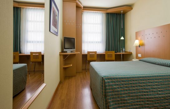 Double room (standard) NH Valencia Las Ciencias