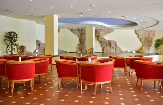 Hotel bar Pestana Delfim Beach & Golf Hotel - All Inclusive
