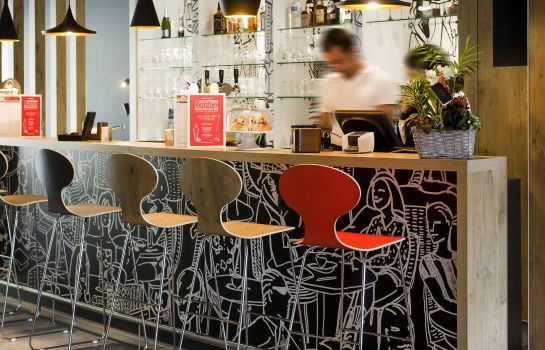 Hotel-Bar ibis Wavre Brussels East
