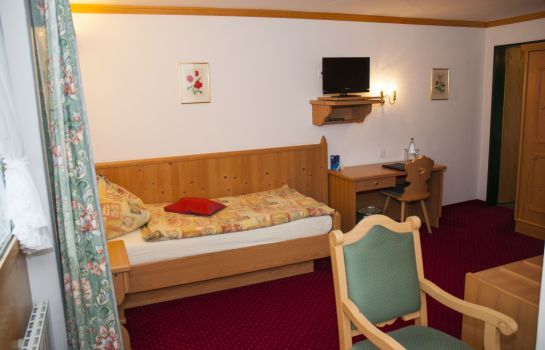 Single room (standard) Hotel Simmenhof