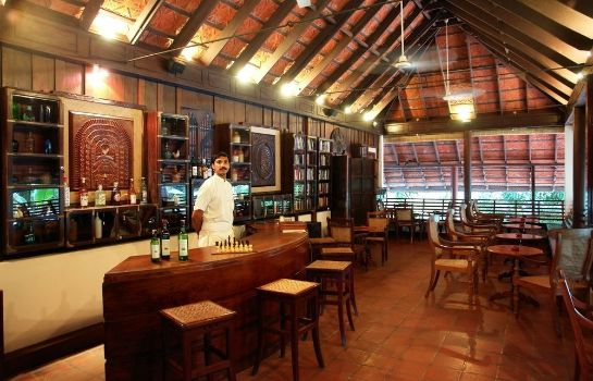 Bar del hotel Coconut Lagoon-Cgh Earth