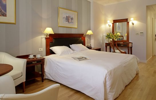 Room Theoxenia Palace Kifissia