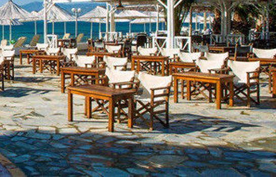 Surroundings Grand Bleu Sea Resort