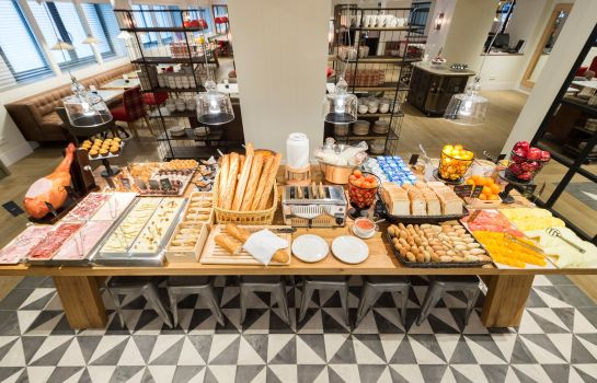 Breakfast buffet Barcelona Universal