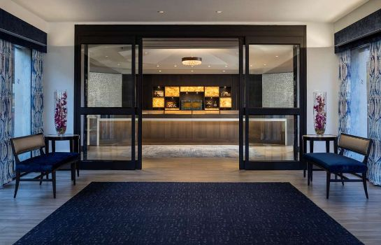 Lobby Four Points by Sheraton Norwood