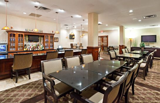 Hotel bar Fairfield Inn & Suites Charlotte Uptown