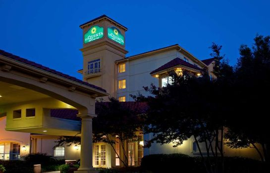 Außenansicht La Quinta Inn and Suites Greensboro