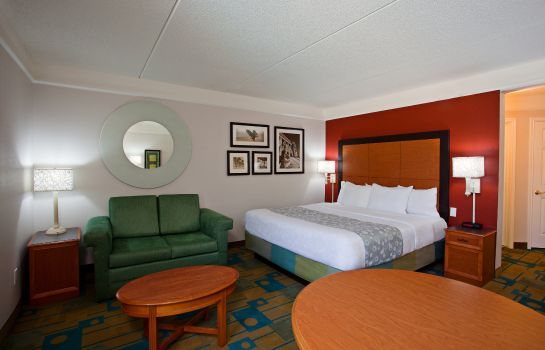 Zimmer La Quinta Inn and Suites Greensboro