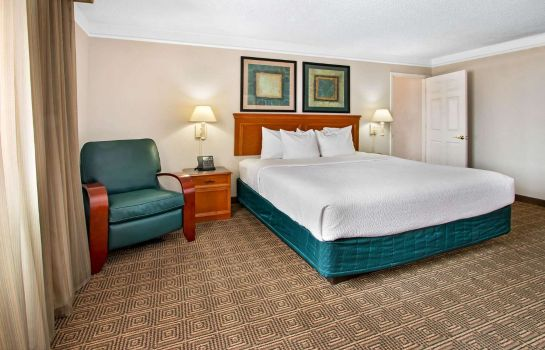 Suite La Quinta Inn by Wyndham Albuquerque Airport