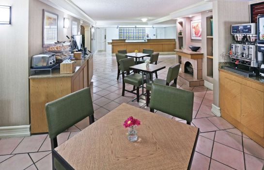 Restaurant La Quinta Inn Amarillo East-Airport Area