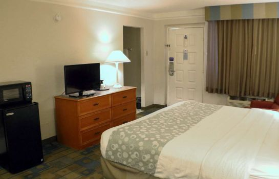 Zimmer LA QUINTA INN BEAUMONT MIDTOWN