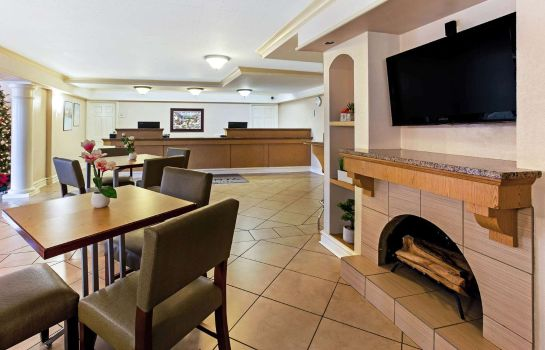 Hotelhalle La Quinta Inn by Wyndham College Station