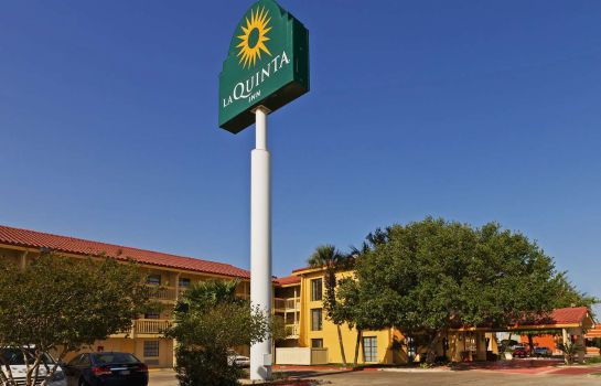 Exterior view La Quinta Inn Corpus Christi South