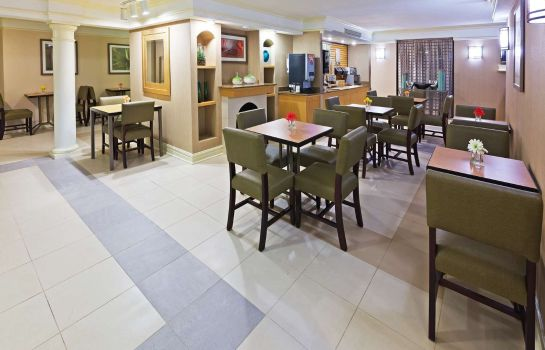 Restaurant La Quinta Inn by Wyndham Corpus Christi South
