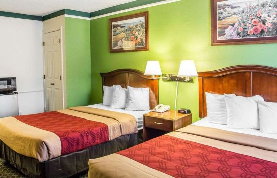 Double room (superior) Rodeway Inn Denver