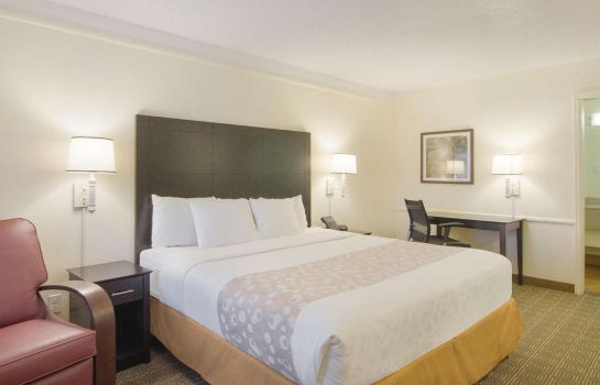 Zimmer La Quinta Inn by Wyndham Denver Cherry Creek