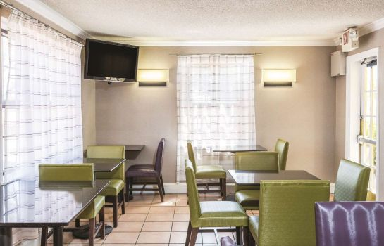 Restaurant La Quinta Inn by Wyndham El Paso - Airport
