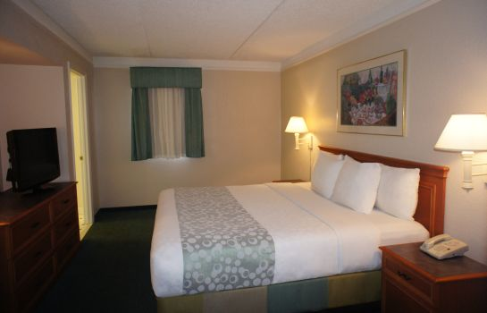 Suite La Quinta Inn by Wyndham Fort Myers Central