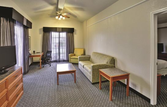 Suite La Quinta Inn by Wyndham Nashville South