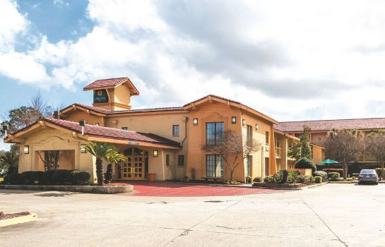 Exterior view La Quinta Inn by Wyndham New Orleans West Bank / Gretna