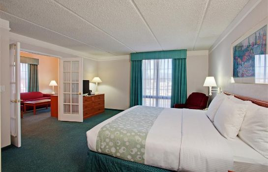 Suite Super 8 by Wyndham San Bernardino