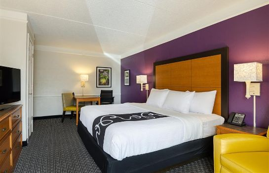 Room La Quinta Inn by Wyndham Houston Cy-Fair