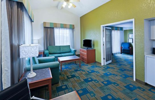 Suite La Quinta Inn by Wyndham Amarillo West Medical Center