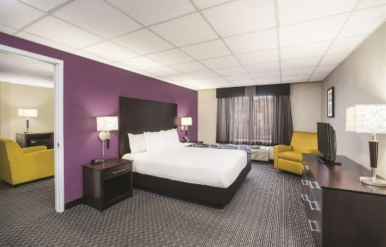 Suite La Quinta Inn by Wyndham Fresno Yosemite