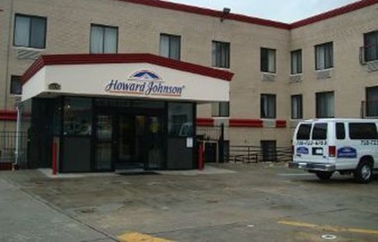 Exterior view HOWARD JOHNSON JAMAICA NY